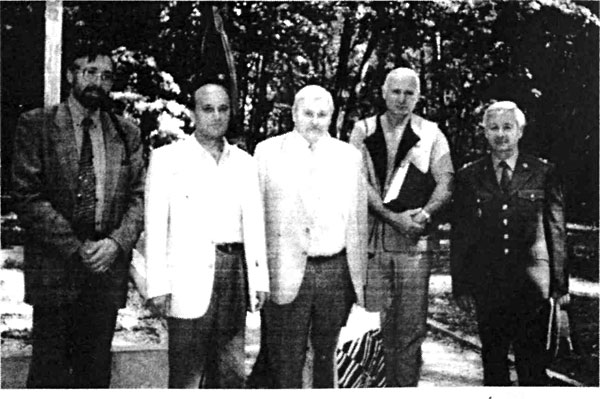 На фотографии: второй слева — Мурзин Н.Н.